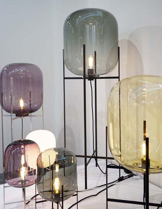 Coup De Cœur La Lampe Oda Par Sebastian Herkner Floriane Lemarie Mid Century Ceiling Lamp Trending Decor Mid Century Pendant Lamps