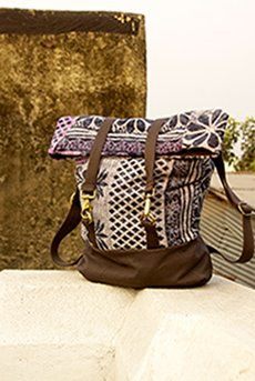 Amazing Saribari bags! Proceeds go to women in India who have been rescued from trafficking situations! Beautiful company!