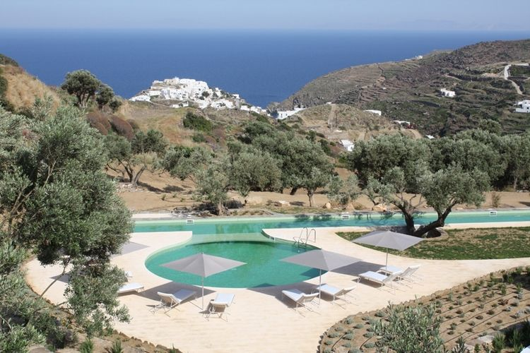 Our beautiful boutique hotel overlooks the Aegean Sea