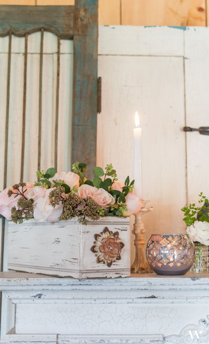 Fill this vintage box with floral arrangements to take your wedding decor to the next level! Great vintage table centerpiece.