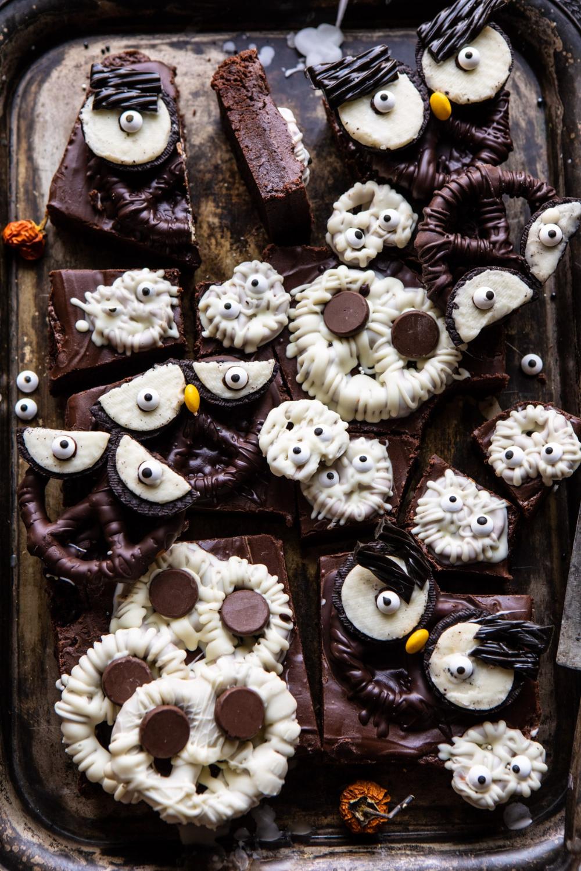 BOO! Spooky Monster Chocolate Covered Pretzel Brownies #halloweenbrownies