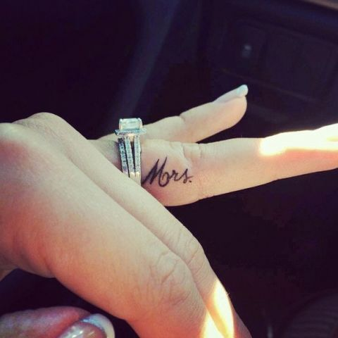 12 Of The Sweetest Wedding Tattoos Cute Finger Tattoos Tiny
