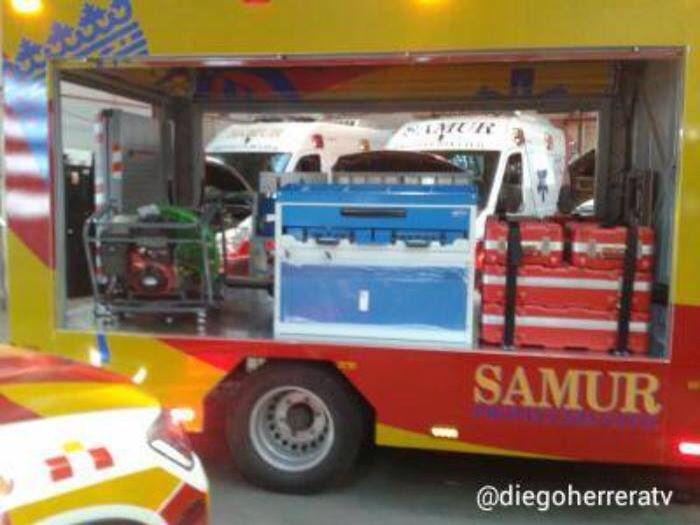 NUEVA UNIDAD #VAIS DEL #SAMUR-PROTECCIÓN CIVIL. En esta ocasión veremos la nueva unidad #VAIS (Vehículo de Apoyo a la Intervención Sanitaria) que ha incorporado el SAMUR-Protección Civil …  http://www.ambulanciasyemergencias.co.vu/2015/02/SAMUR.html