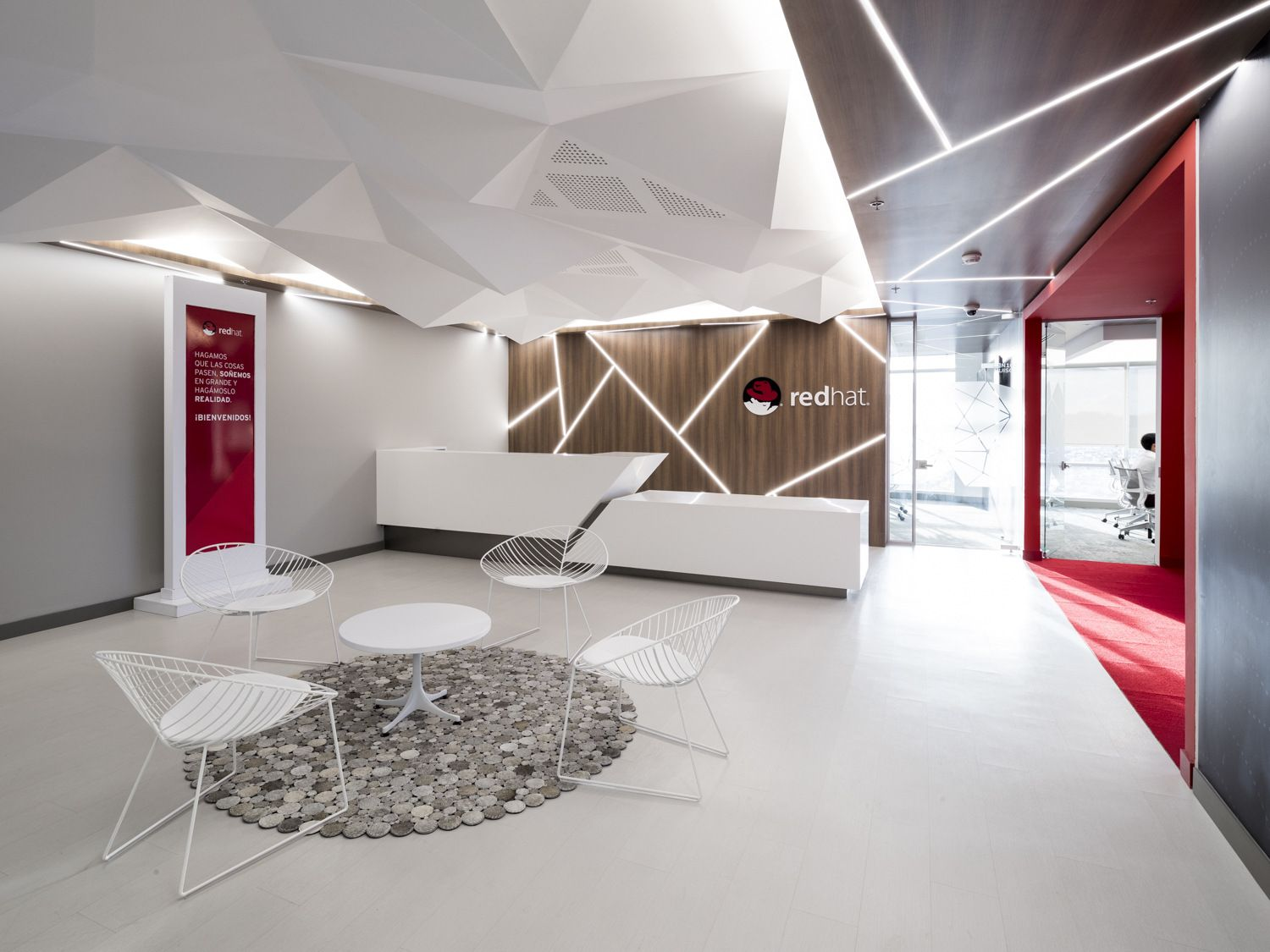 Office Tour Red Hat Offices Bogota Office Reception Design