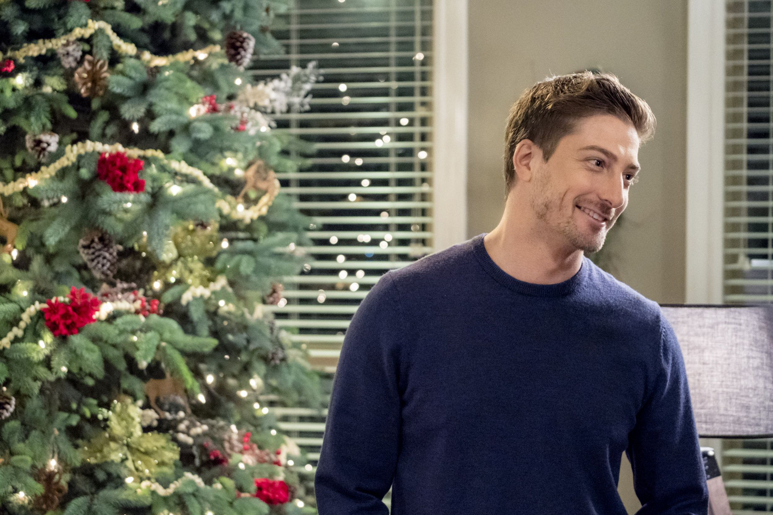 Watch new romance movies, comedies, Christmas movies, favorite ...