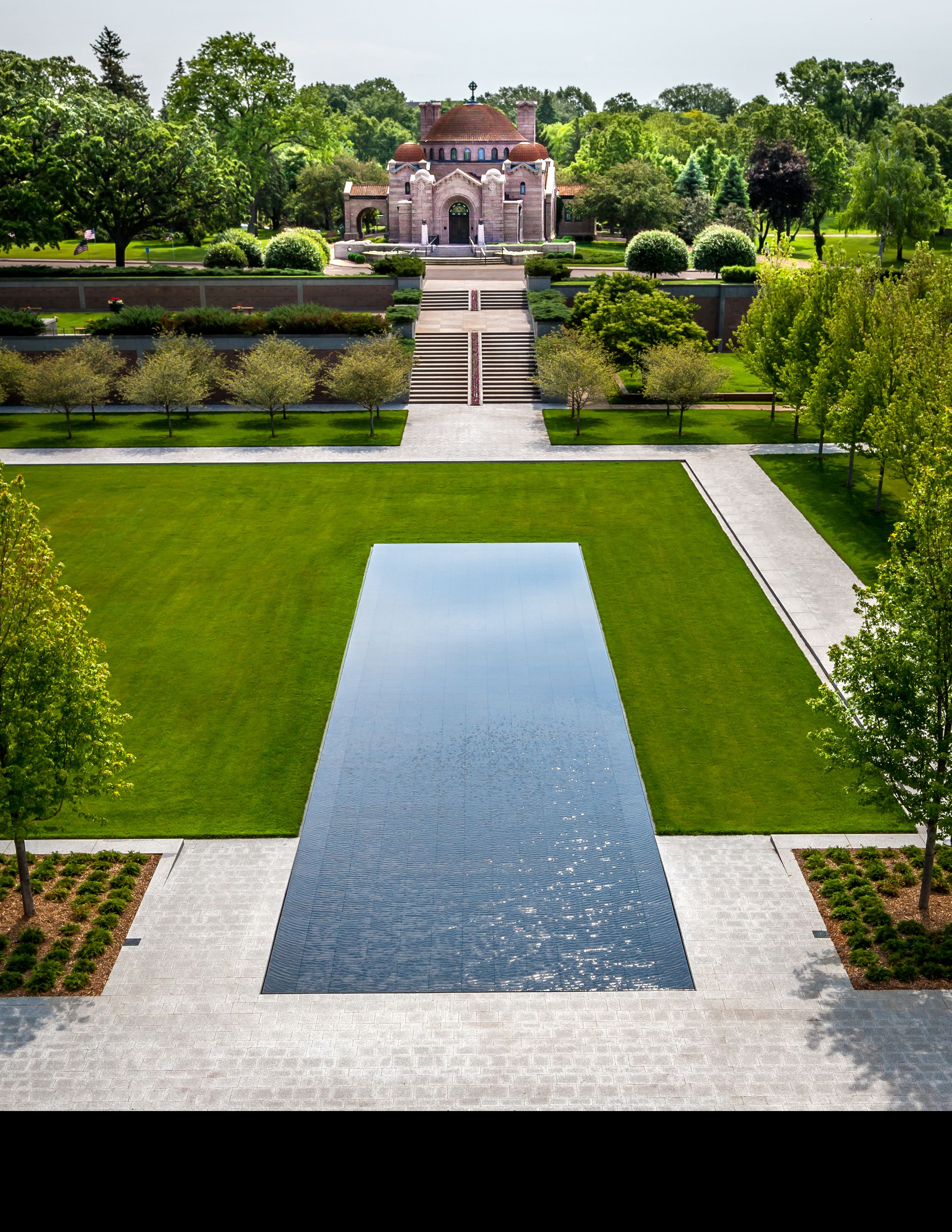 Lakewood cemetery s garden mausoleum by hga architects for Formal landscape design