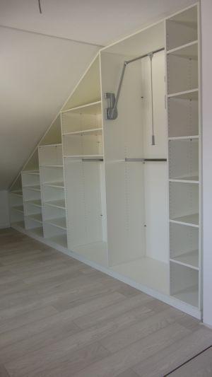 bilder schr nke mit schr ge schr nke pinterest schrank schlafzimmer. Black Bedroom Furniture Sets. Home Design Ideas
