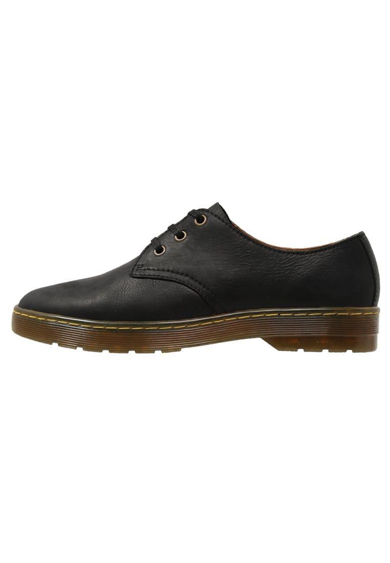ada258ff694 ¡Consigue este tipo de zapatos con cordones de Dr. Martens ahora! Haz clic