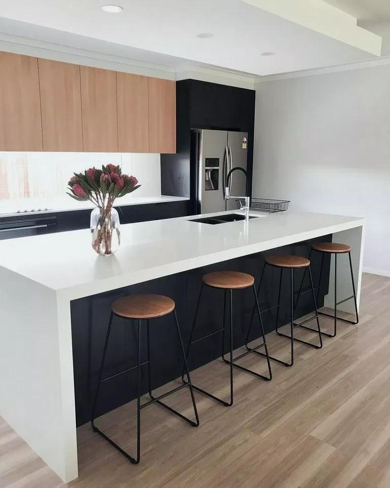 25+ Innovative Black White Wood Kitchens Design Ideas #kitchendecor #kitchendesign #kitchenideas ~ Beautiful House #minimalistkitchen