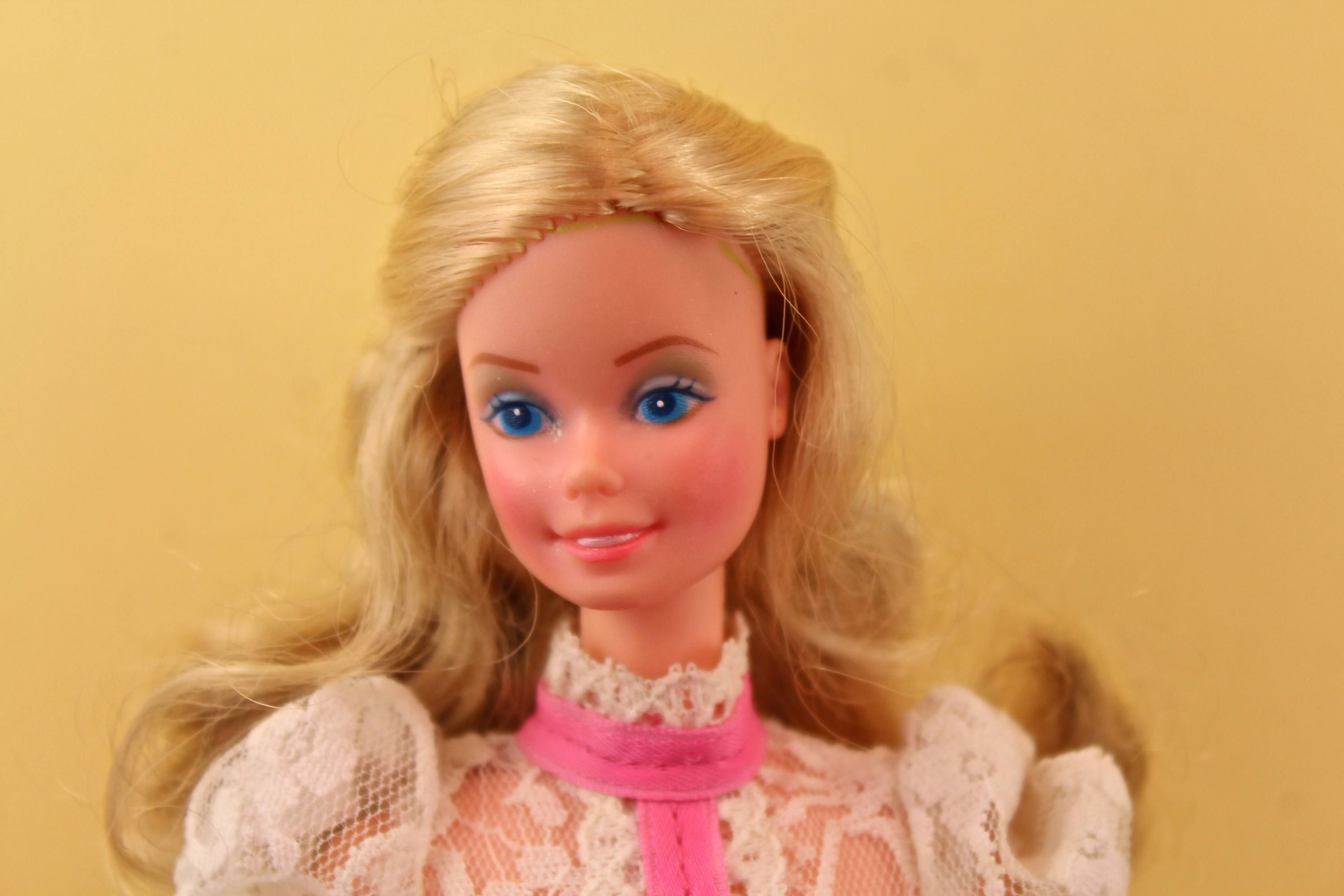1982 Barbie Angel Face Cameo Gown /& Mules