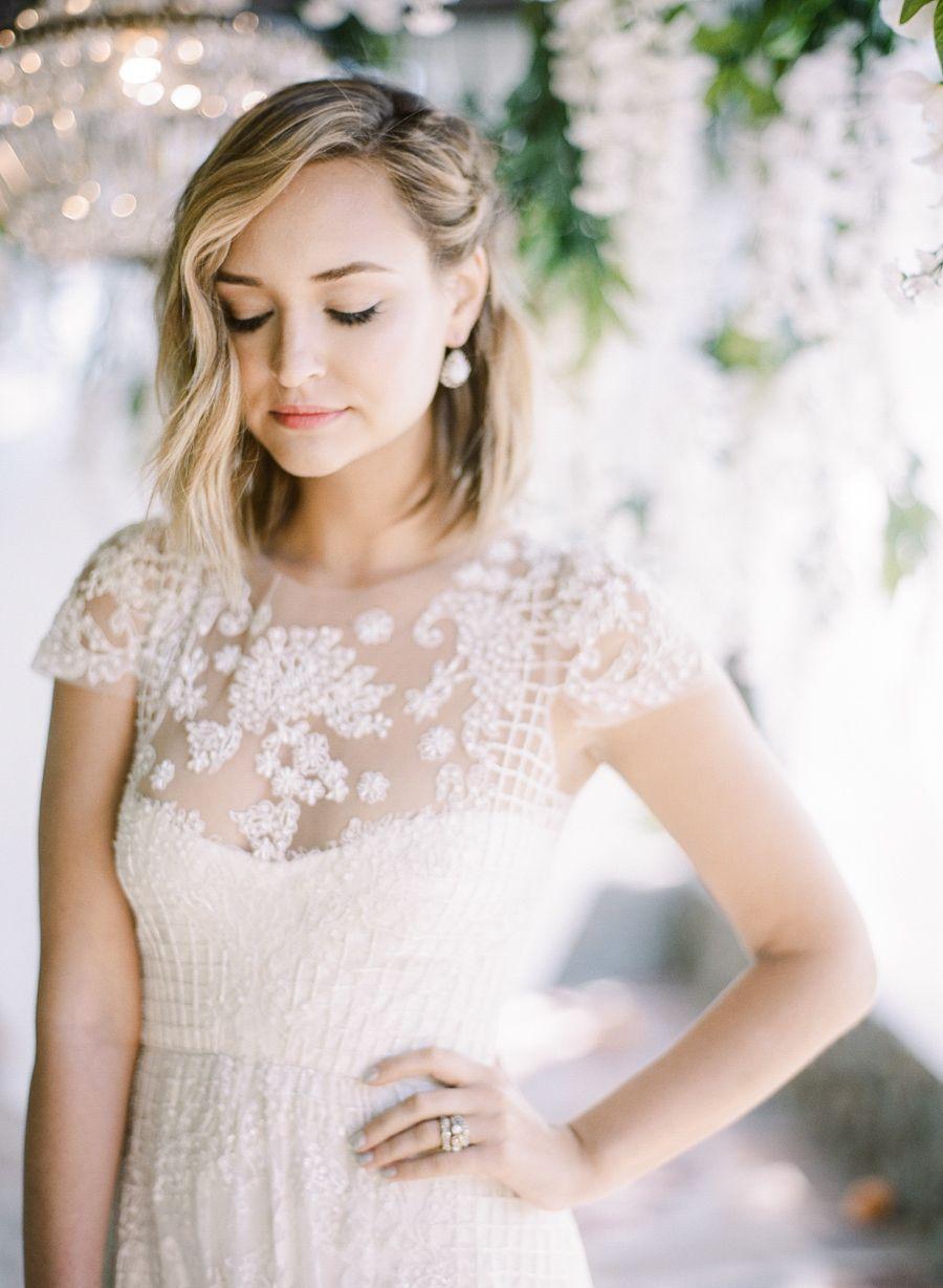 Trending Ultra Flattering Short Sleeve Wedding Dresses Short Wedding Hair Hair Styles Short Sleeve Wedding Dress