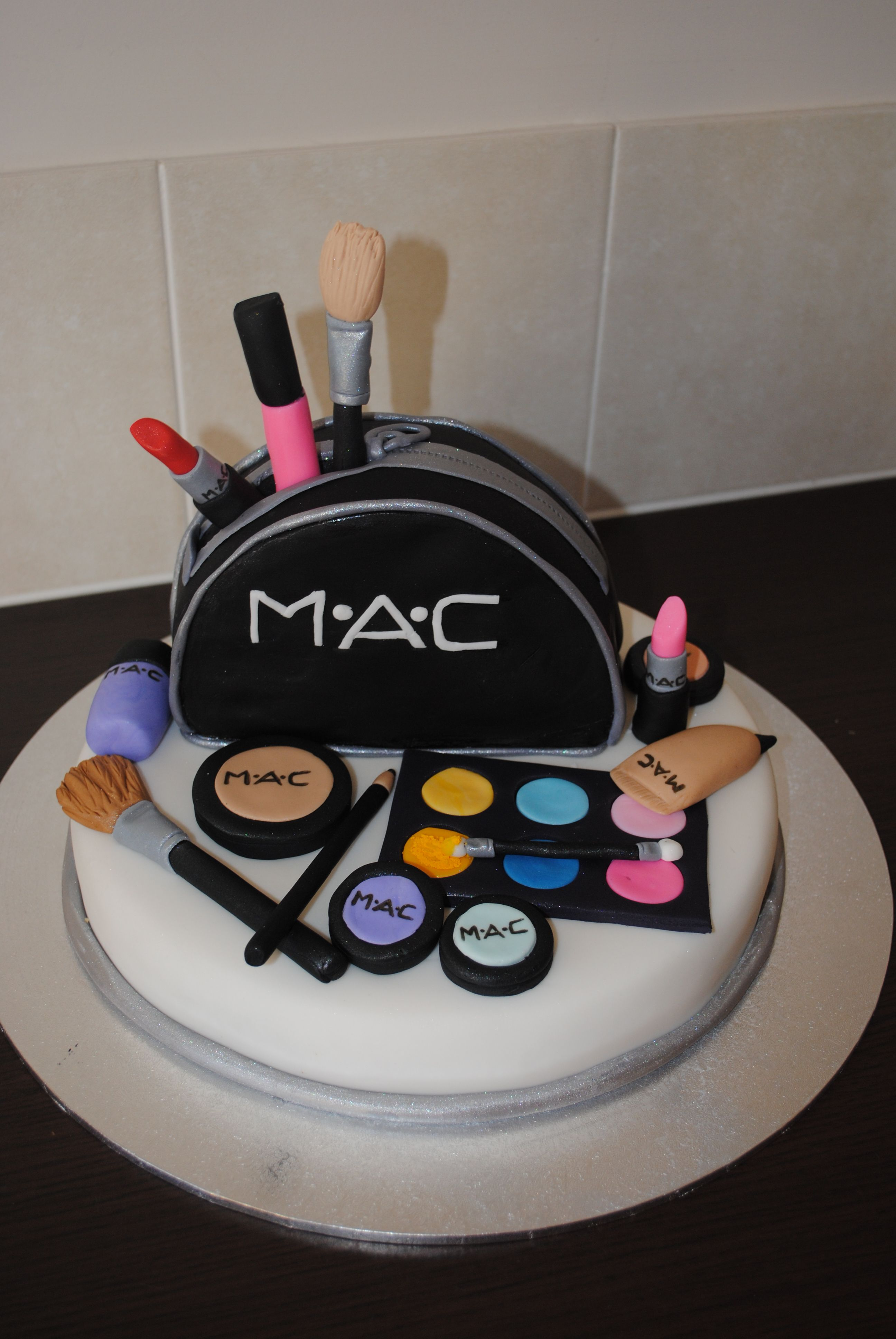 MACStore 2 on Make up cake, Novelty cakes, Cake