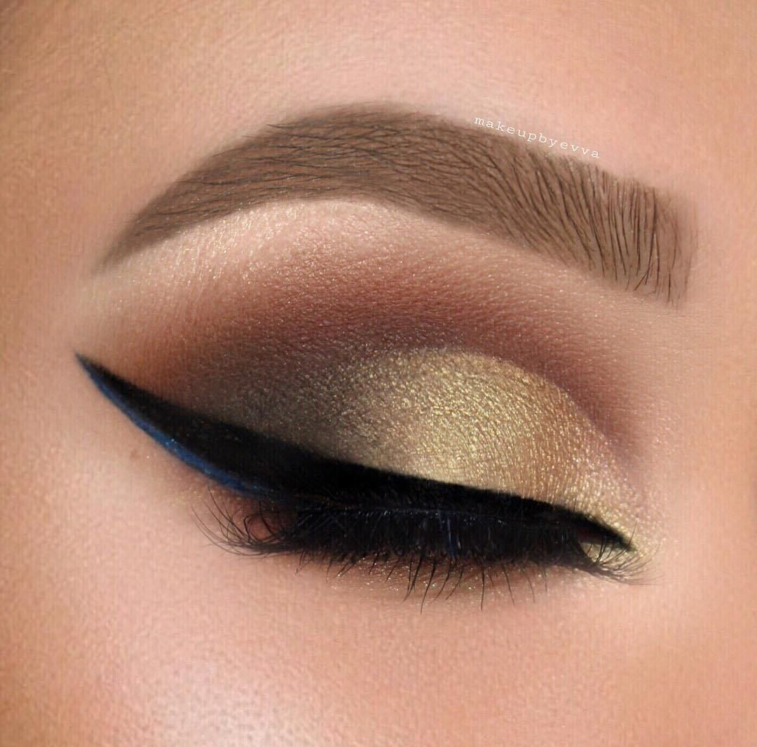 15 beautiful eye makeup ideas for green eyes , golden cut crease and