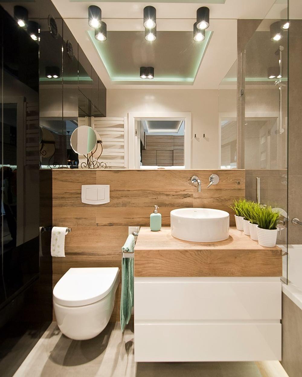 Duże Lustro W Małej łazience Optycznie Powiększy Wnętrze