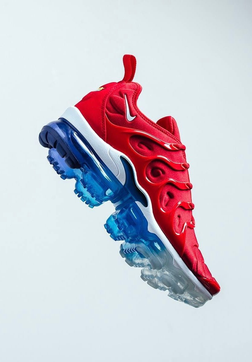 entire collection quite nice best service Nike Air Vapormax Plus | Chaussures nike, Nike, Nike air