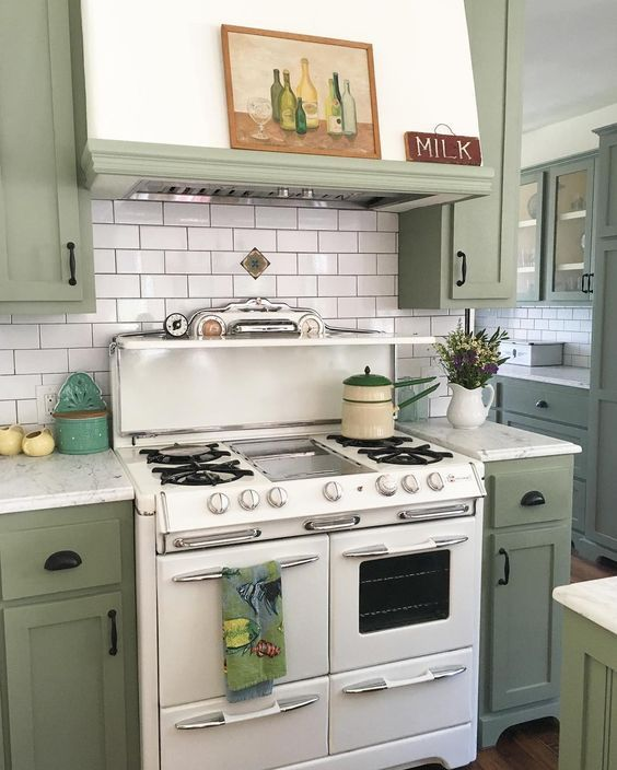Green kitchen cabinets and ORC update