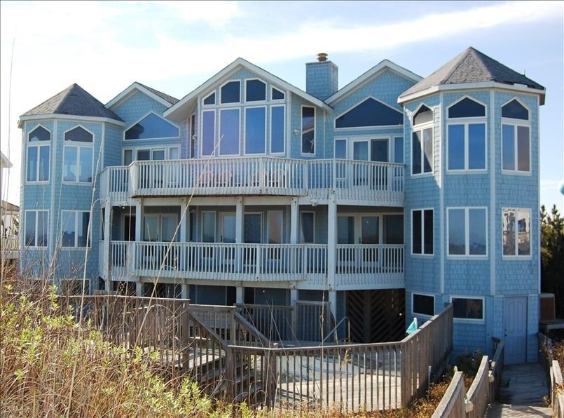 Whalehead Beach Vacation Rental Vrbo 393567 7 Br Corolla House In Nc Oceanfront Exceptional North Carolina Vacation Rentals Vacation Rental Vacation Home