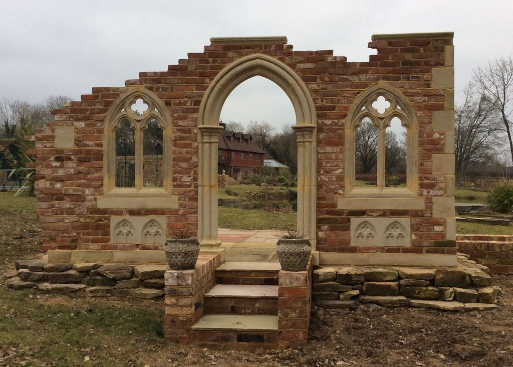 Chapter House Design Garden folly tips and pictures