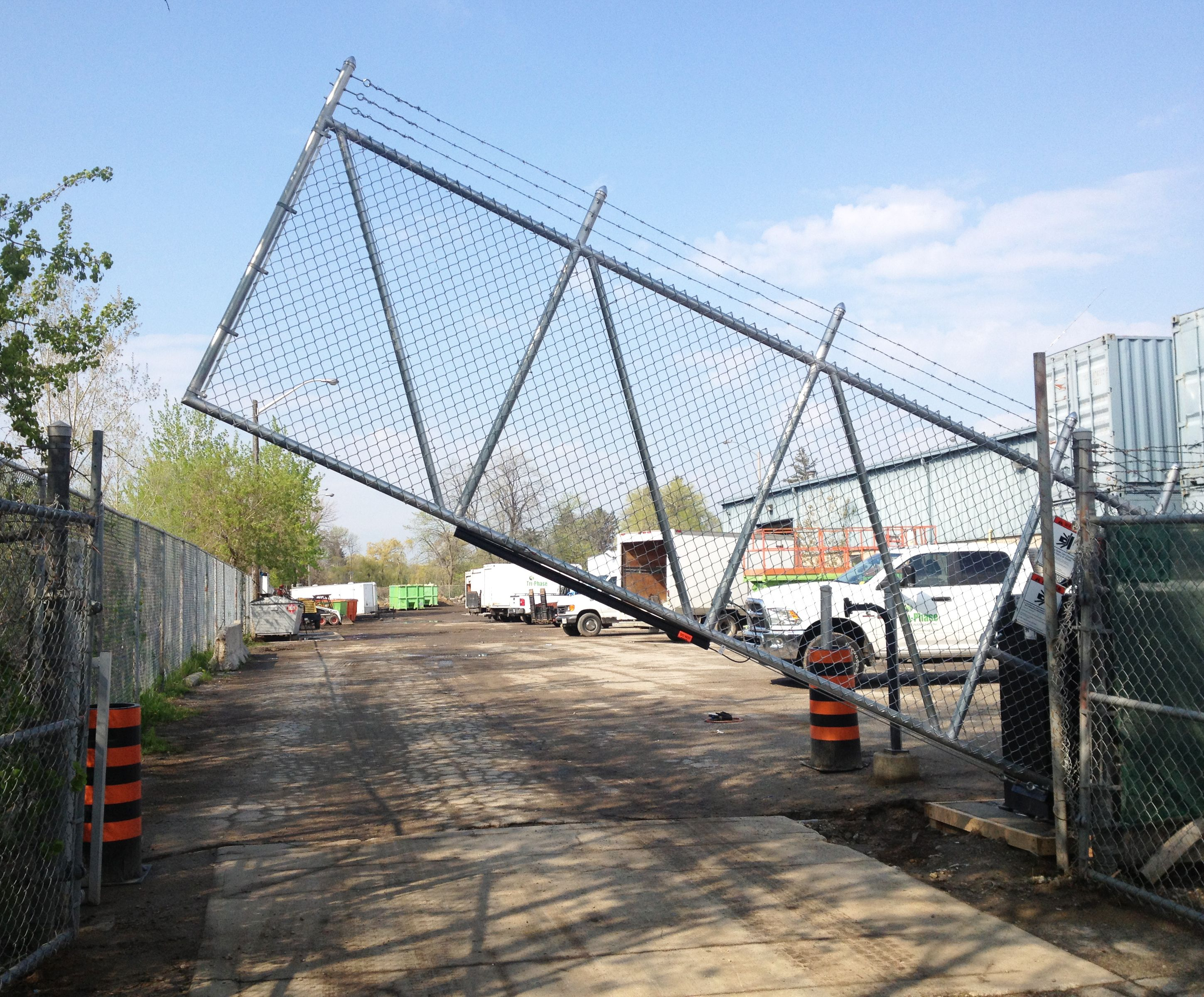 Vertical Pivot Gate Entrygate Commercial Outdoor