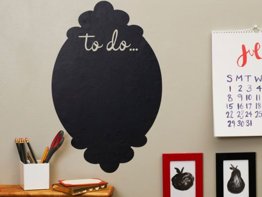 "Chalkboard ""To-Do"" List for apartments that can't be painted with chalkboard paint"