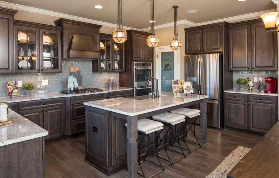 Chefs Kitchen Briarcliff Maple Flagstone Cabinets Ambleside Meadows Model Home Decor Kitchen Home Kitchens Kitchen Remodel Small