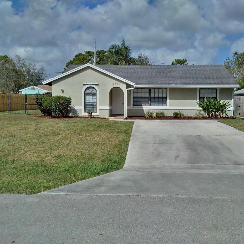 4f27c56397645c191b16592d0c06a007 - Sandalwood Estates Palm Beach Gardens For Rent