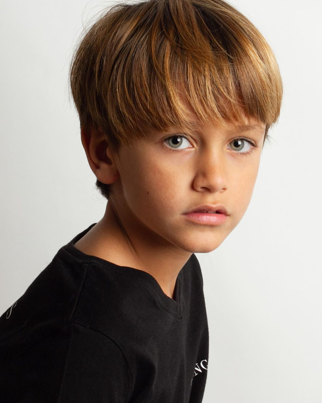 13 Vind Ik Leuks 0 Reacties Pacifico Pacifico Model Op Instagram Pacifico Pacificomodel Cas Boy Hairstyles Young Boy Haircuts Kids Hairstyles