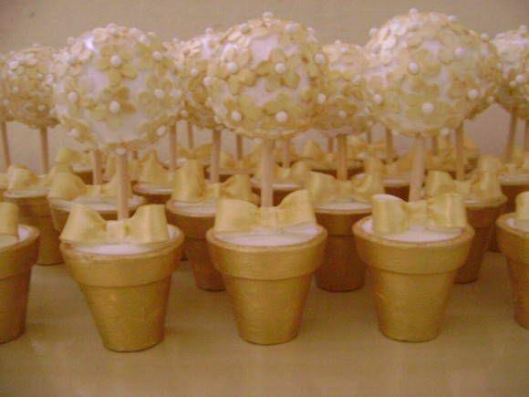 Lembrancinha De Bodas De Ouro Mini Topiaria Branca Com Dourada