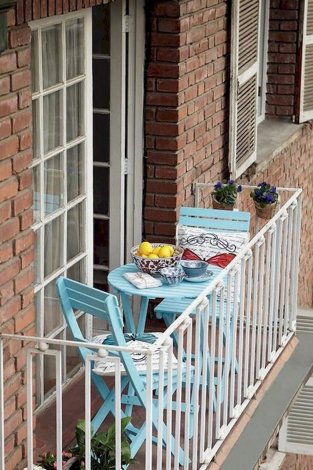 50 Affordable Small First Apartment Balcony Decor Ideas  #apartment #balcony #decor