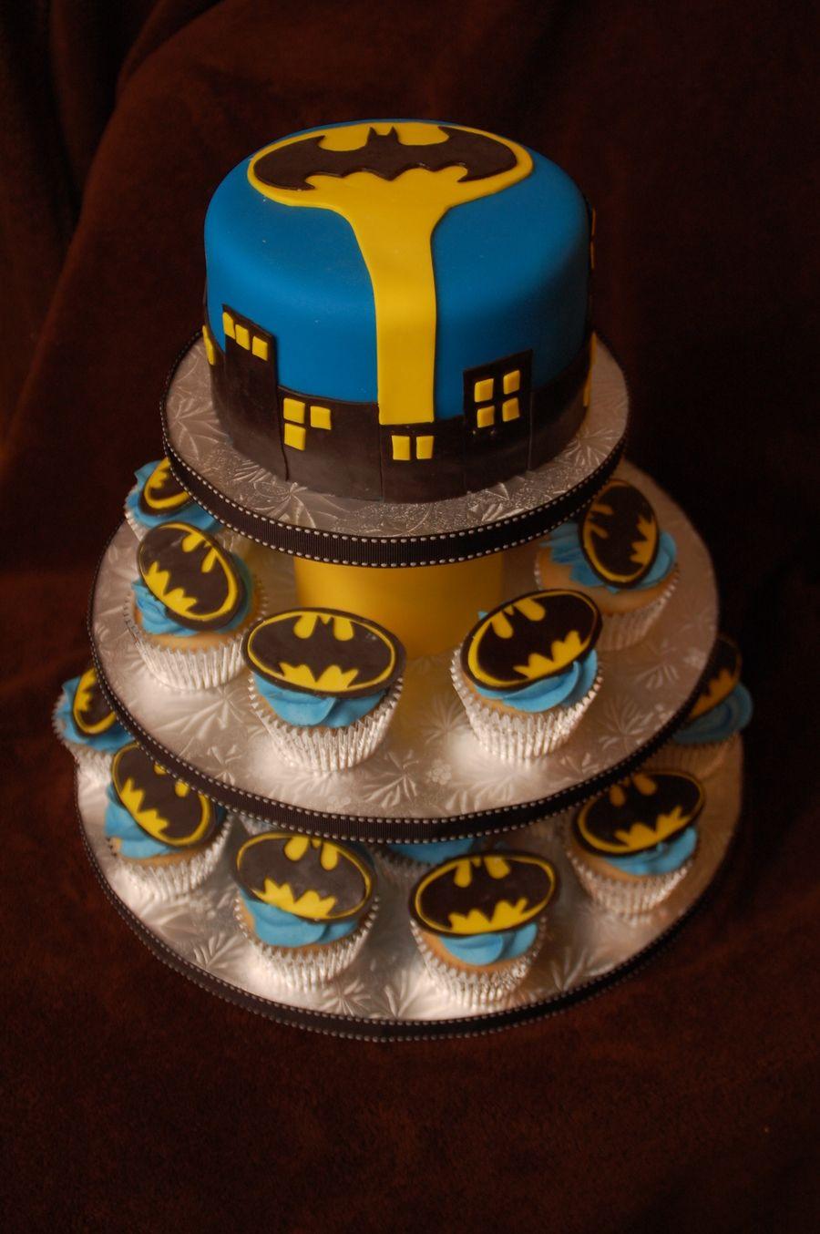 Batman Cupcake Tower Batman Cupcakes Batman Cakes Cupcake Cakes