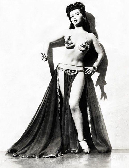 Paki actress nude pic