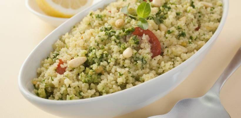 Die besten Rezepte für Couscous-Salat - Der gemischte Salat-Teller bekommt Konkurrenz! Abgelöst wird er vom Couscous-Salat, der Groß