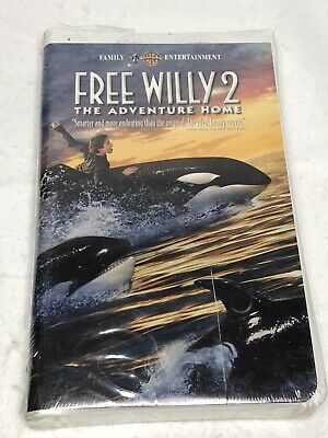 Warner Bros. Free Willy 2 The Adventure Home VHS Tape 1995