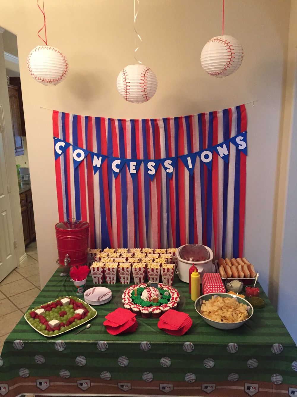 Baseball themed birthday party luke first bday for Decoration stuff