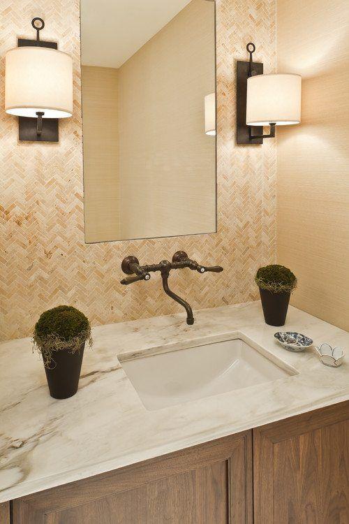 Como Elegir Los Apliques Para El Espejo Del Bano Disenos De Sala De Bano Rusticos Diseno De Banos Espejos Para Banos
