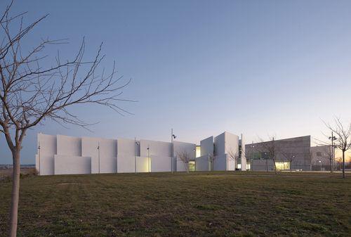 Taller Basico de arquitectura, Javier Perez Herreras & Fco Javier Quintana de Uña — Health Sciences Faculty