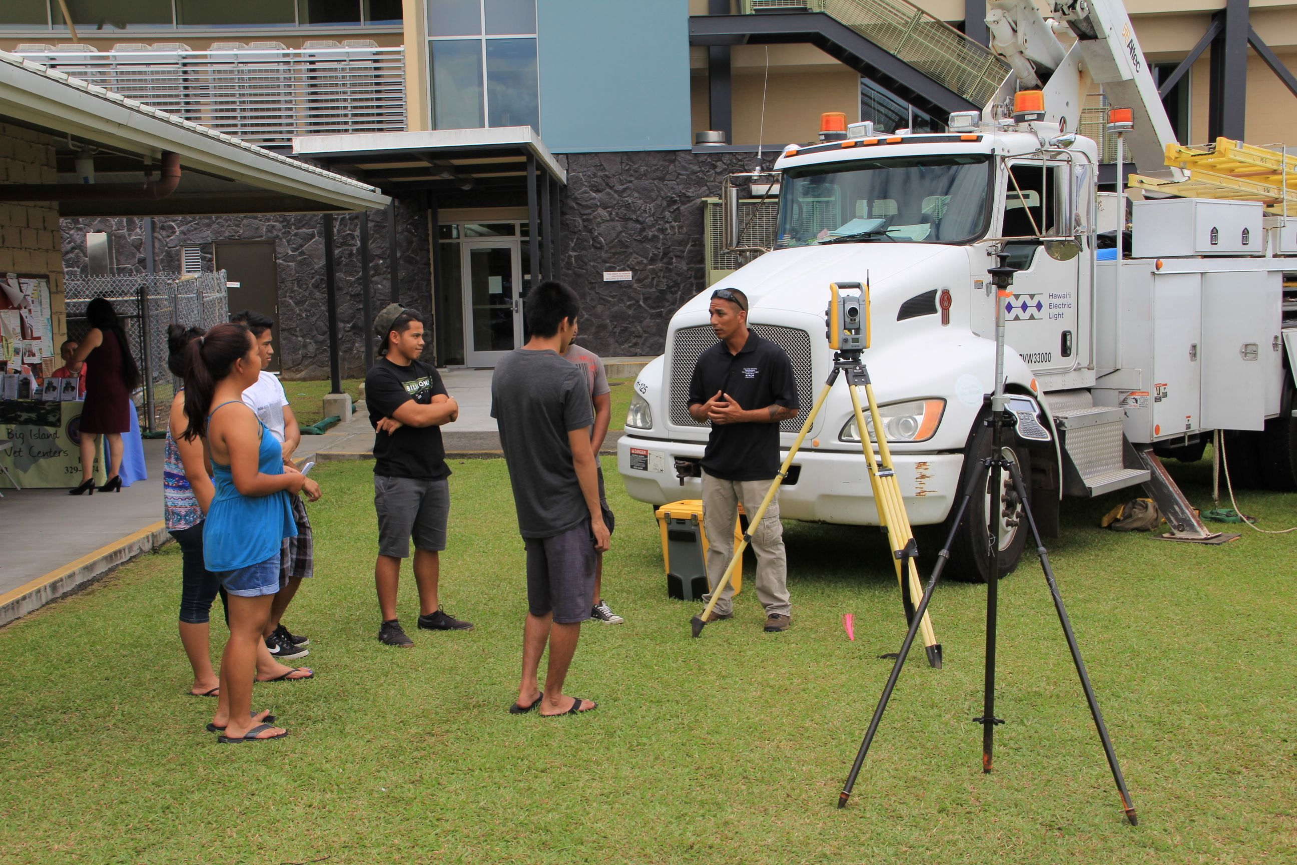 Hawaii Electric Light at the Hawaii Community College Fair