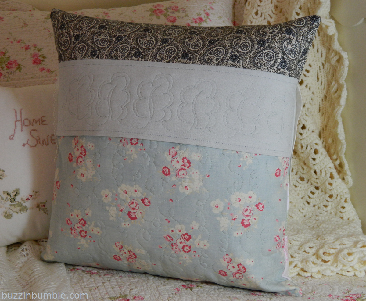 Susie's Sunroom: Day 5 of The Simply Striped Pillow Blog Hop
