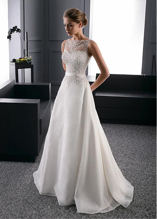 Wedding Dresses Ball Gown, Elegant Organza Bateau Neckline A-Line Wedding Dress With Beaded Lace Appliques DressilyMe