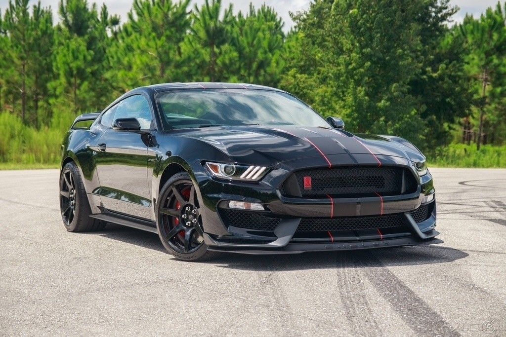 2018 Ford Mustang Shelby Gt350 R Very Rare R Electronics Package Carbon Wheels Wing 82 250 00 Mustang Shelby Ford Mustang Shelby Ford Mustang