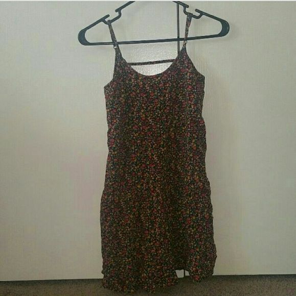 PRICE NOGATIONABLE floral dress/shirt Like new Maurices Dresses Mini