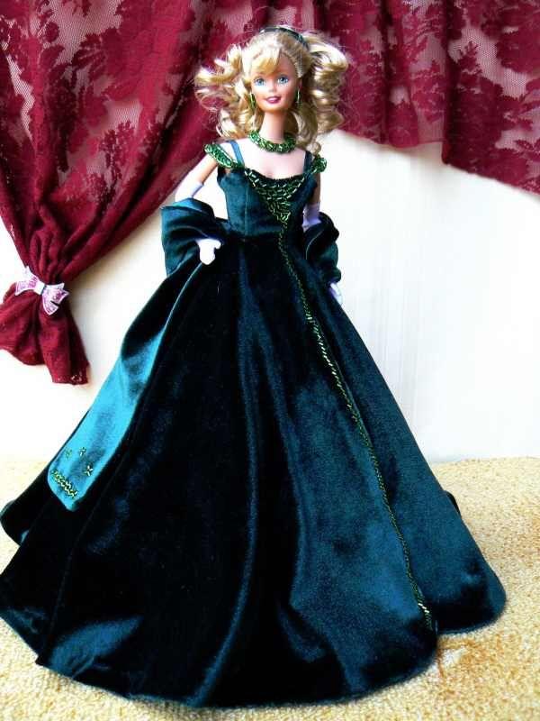 8ddc18ee5b4 Barbie- vestido festa de veludo