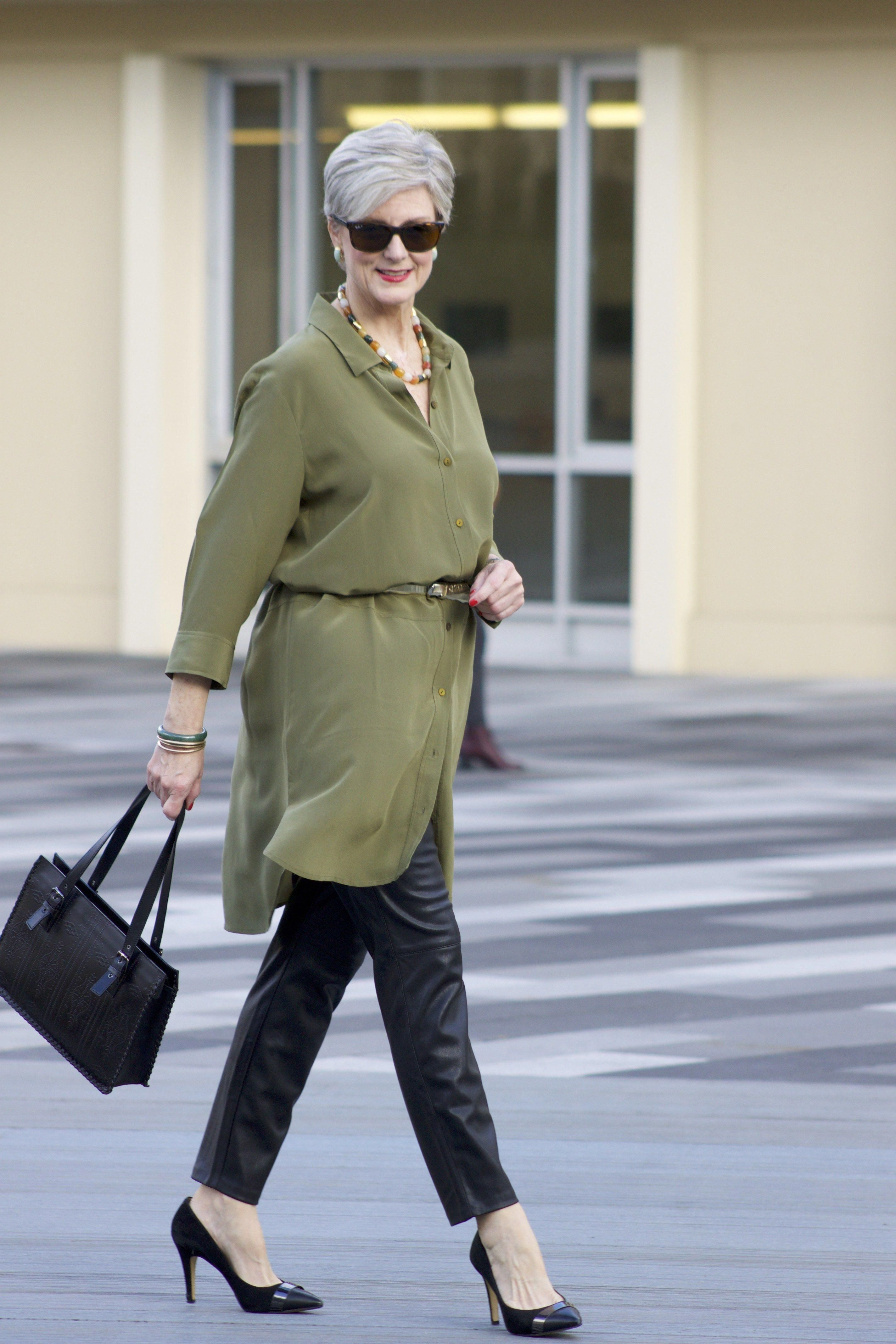 Fashion Over Fifty Style | Outfits For Women 50 | Where To Buy Clothes For Over 50 #WomensFashionEdgy