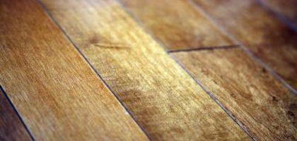 how to fix hardwood floor scratches using mayonnaise hardwood floor scratches life hacks and. Black Bedroom Furniture Sets. Home Design Ideas