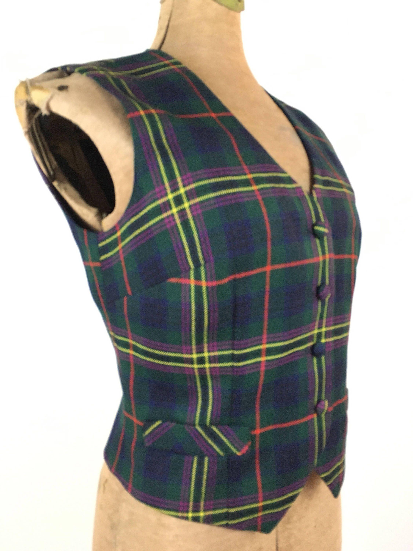c78808263c 1960s Plaid Wool Vest Vintage 1960s 1970s Green Plaid Wool Women's Vest by  Aljean of Canada Retro Tartan Vest Preppy Fashion by transmigration on Etsy