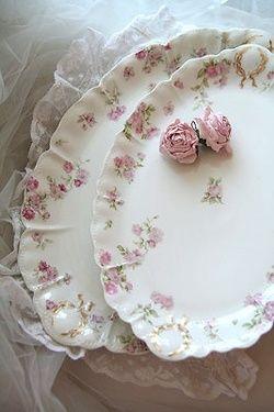Love delicate rose patterns ... Haviland Limgoes