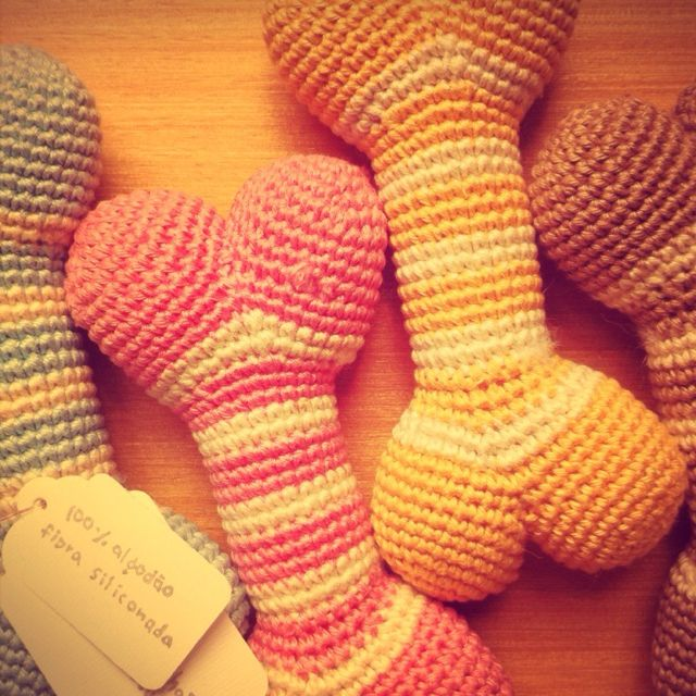crochet bones for little dogs: love these! Inspiration for our ...