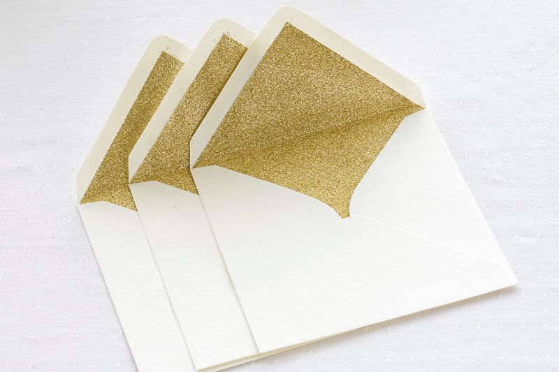 Envelope liners add the perfect peek-a-boo wow effect. A great way to package your glam invites.