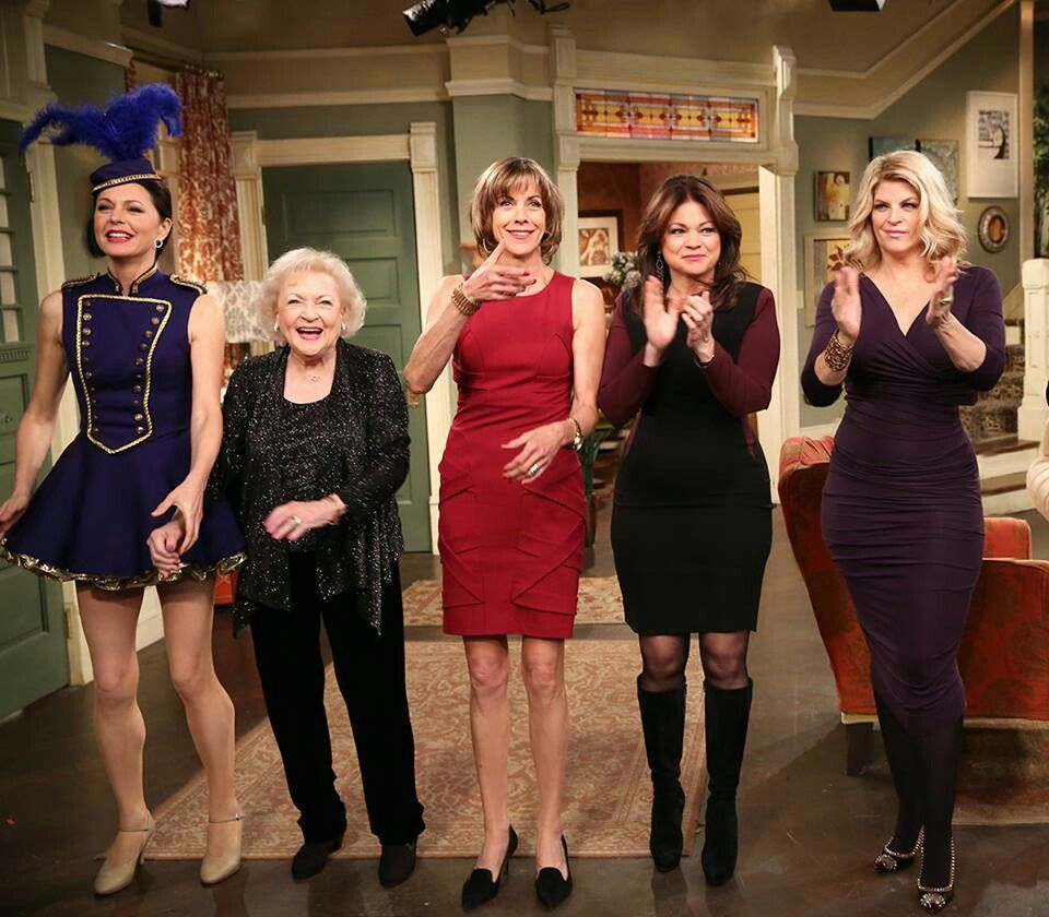 Hot In Cleveland Jane Leaves Betty White Wendy Malick Valerie Bertinelli And Guest Star Kirstie Alley Betty White Valerie Bertinelli Kirstie Alley