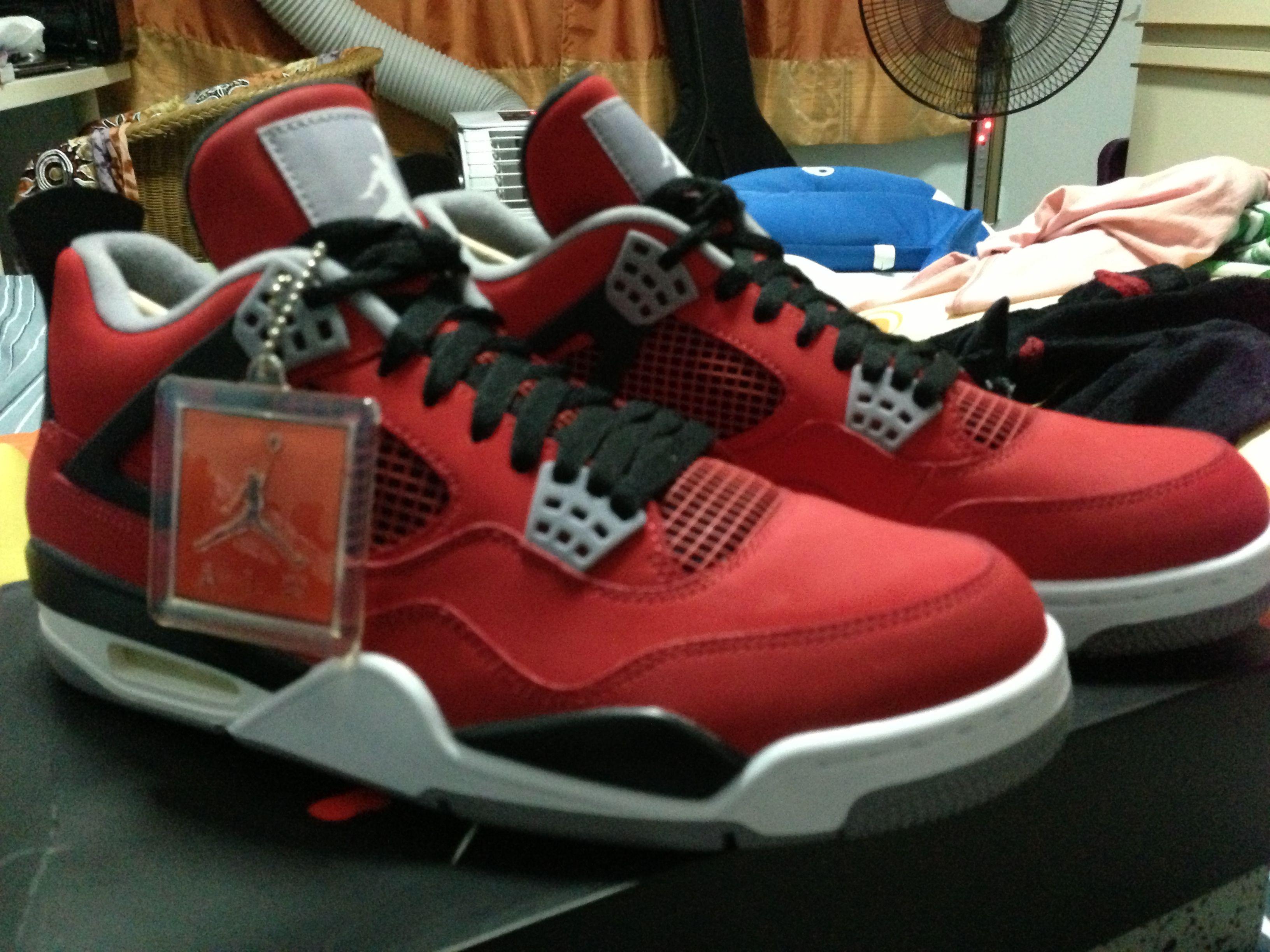pretty nice 420dd fa189 J4 Toro Bravo | Grails | Sneakers nike, Sneakers, Jordans ...